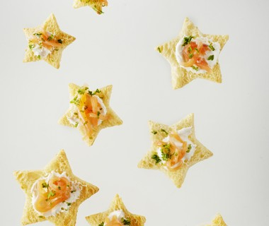 Sterretjes met zalm en mierikswortelcrème