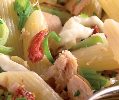 Pasta met Rio Mare tonijn en mozzarella