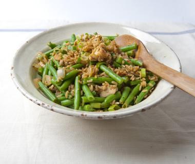 Rijst met kip en sperzieboontjes