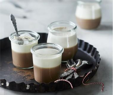 Vanille-chocolade panna cotta