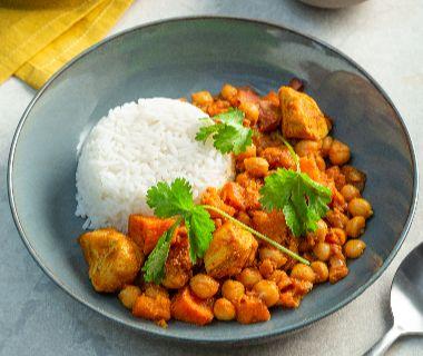 Zoete aardappel curry met kipfilet