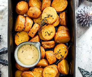 Fondant-aardappeltjes met truffelmayonaise