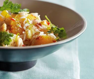 Exotische rijstsalade met fruit en kokos