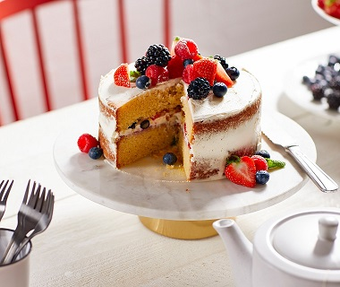 Laagjestaart met vanille-mascarpone en zomerfruit