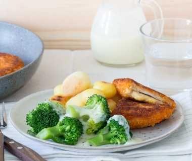 Broccoli met groentesaus en cordon bleu