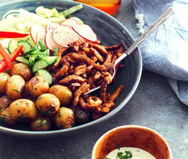 Shoarma met radijssalade en krieltjes