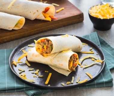 Tortilla's met gehakt en kaas