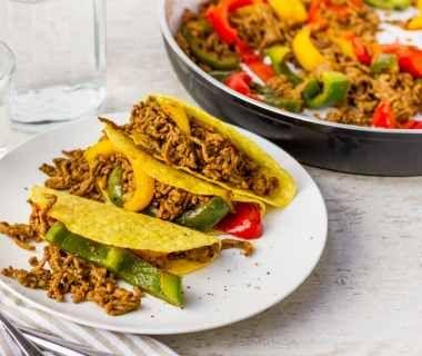 Taco's met gehakt en rode paprika