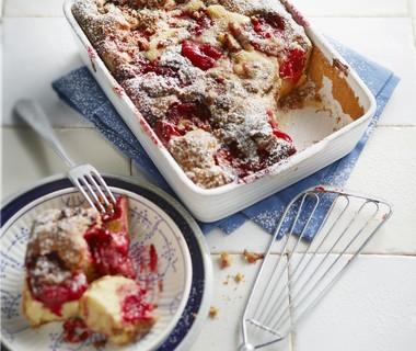 Cookie plum crumble cake