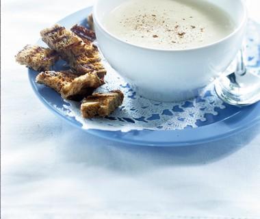 Hollandse kaassoep met notenbrood-croutons
