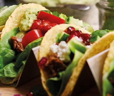 Taco's met feta en granaatappel