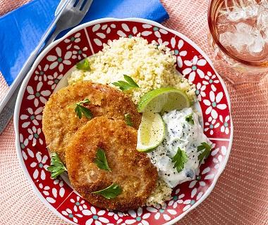 Venkel, tuinbonen en sperziebonen met kip en citroenboter-tijmsaus