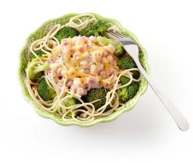 Broccolischotel met ham en kaas