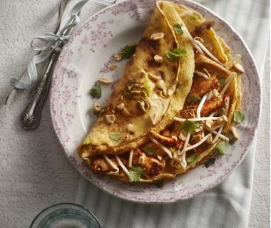 Oosterse pannenkoek met kip en tauge