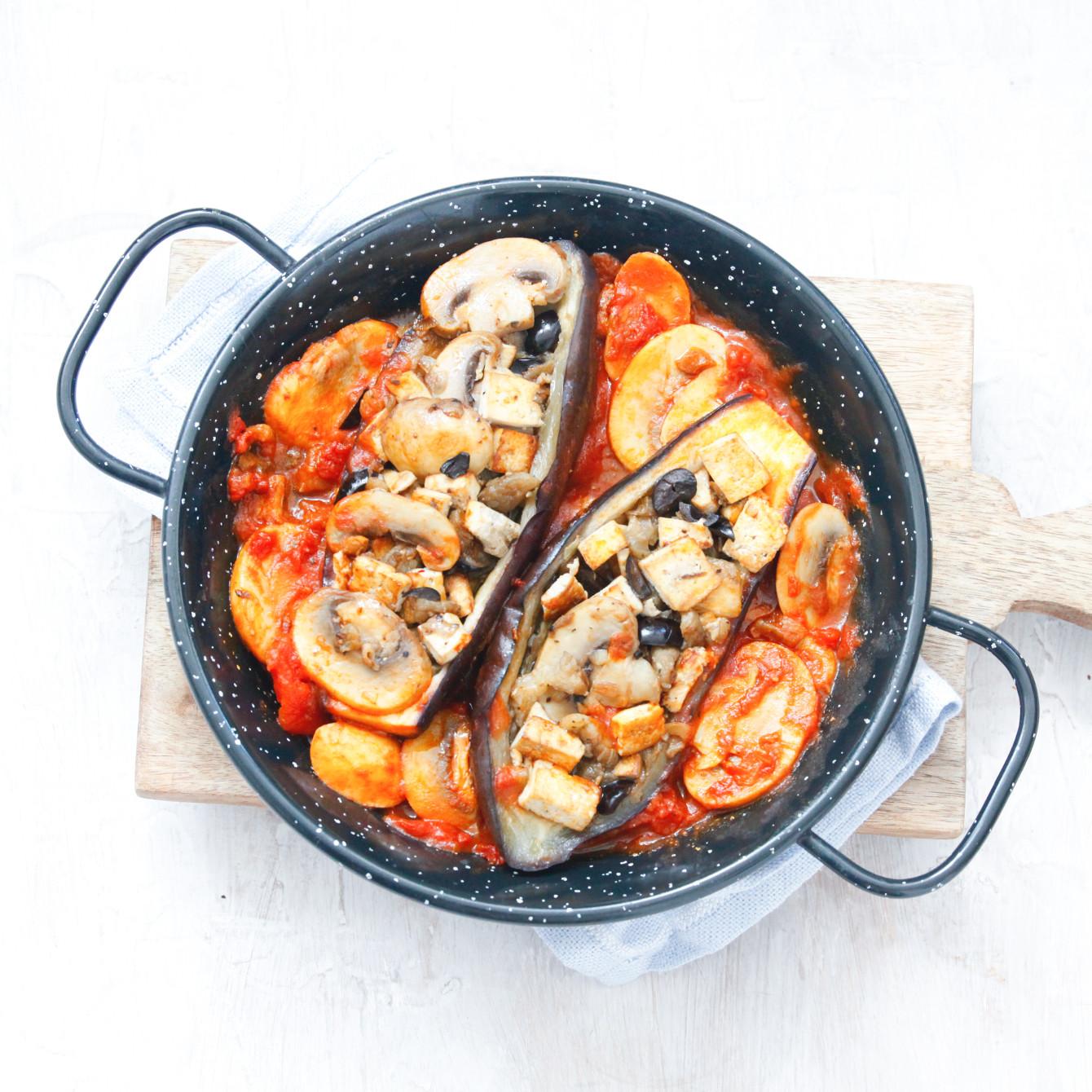 Gevulde aubergine met tofu