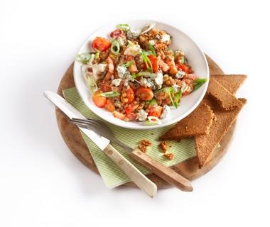 Linzensalade met spekjes en gorgonzola
