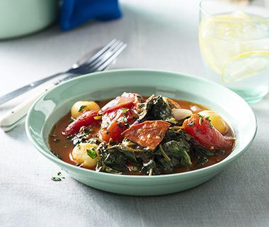 Lentestoof van spinazie en chorizo
