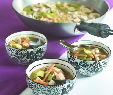 Thaise groentesoep uit de wok