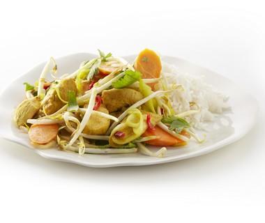 Oosterse groenten met kip