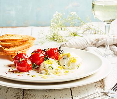 Gemarineerde mozzarella met geroosterde tomaatjes