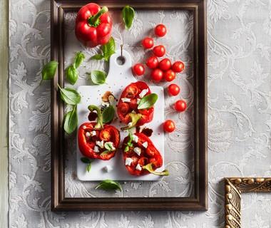 Salade van gegrilde paprika met geitenkaas