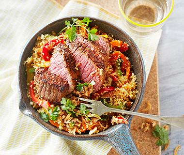 Couscous met biefstuk en paprika