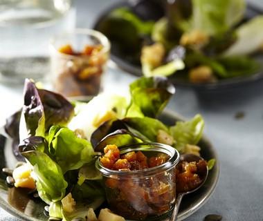 Salade met pompoenchutney