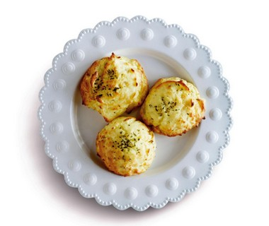 Aardappelpureenestjes met tijm uit de oven