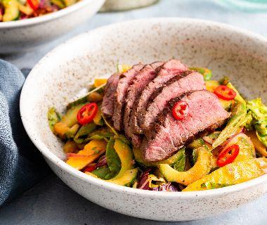 Thaise salade met biefstukreepjes