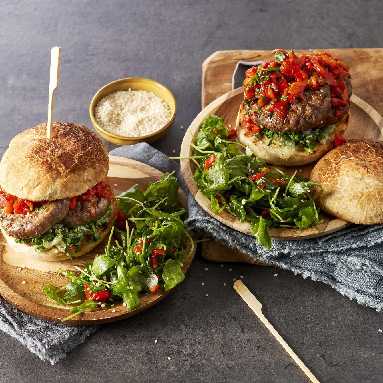 Spicy grillburger met salsa