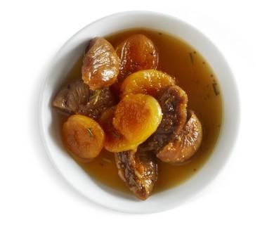 Vijgen en abrikozen met sinaasappel en rozemarijn