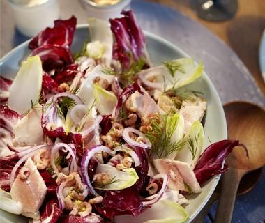 Salade met gerookte forel en Hollandse garnalen