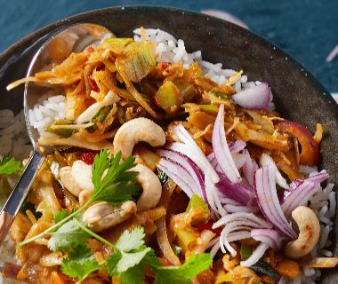 Rode curry met roerbakgroenten
