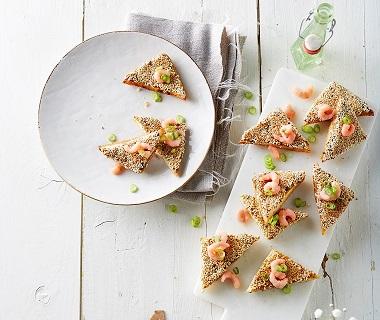 Garnalen-champignontoastjes met sesam
