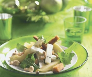 Blauwekaas-peersalade met noten
