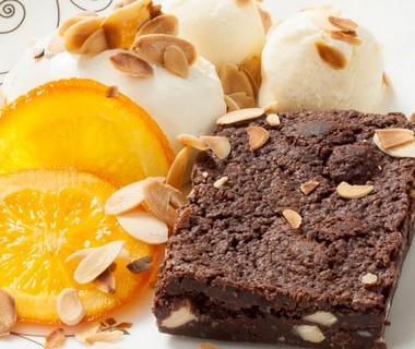 Chocolade Brownie met sinaasappelsukade