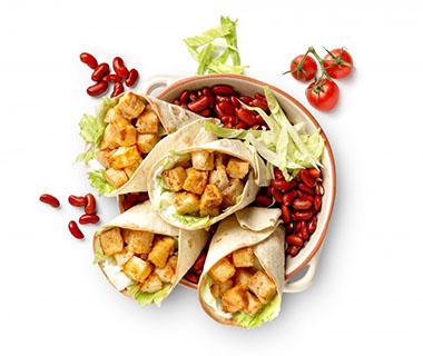 Wrap met kabeljauw, kidneybonen en tomatensalsa