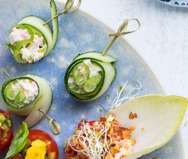 Courgettelinten met oosterse krabsalade