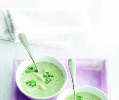 Soep van witte asperges en kervel