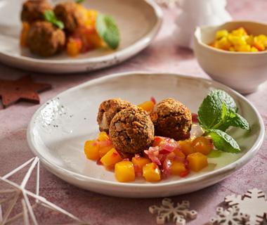 Linzenballetjes met mangochutney