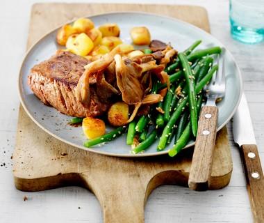 Biefstuk met sesam en boontjes