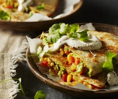 Quesadilla's met kaas, avocado en mais