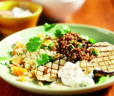 Gehakt met aubergine en couscous