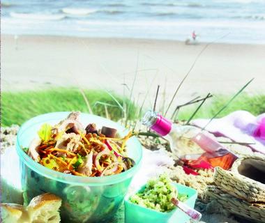 Linzensalade met makreel en muntchutney