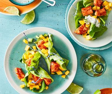 Slawrap met zalm en mango