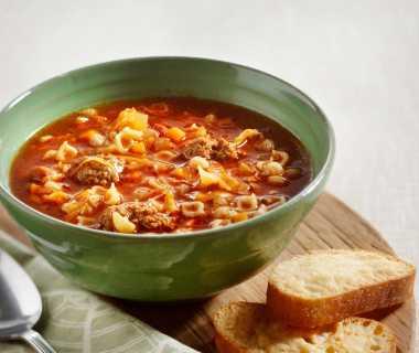 Italiaanse groentesoep met Parmezaanballetjes