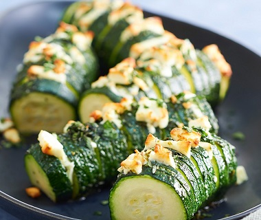 Hasselback-courgette