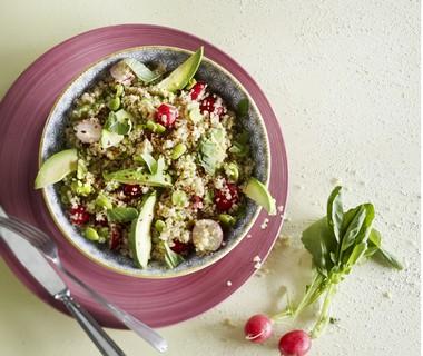 Quinoasalade met avocado en tuinbonen