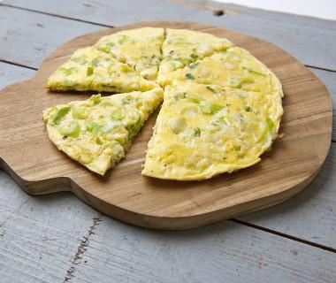 Omelet met bosuitjes en kaas