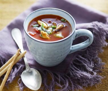 Bloody mary-soep met mosselen
